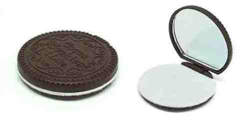 chocolate-cookie-compact